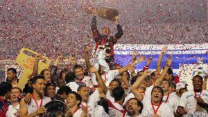 Ο μύθος της Σάο Πάουλο, Ροζέριο Σένι, με το Κόπα Λιμπερταδόρες στα χέρια