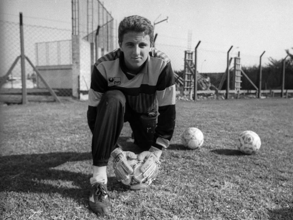 Ο Ροζέριο Σένι στην πρώτη ομάδα του, τη Σινόπ. Πρόλαβε να παίξει ένα χρόνο εκεί πριν προσελκύσει το ενδιαφέρον της Σάο Πάουλο.