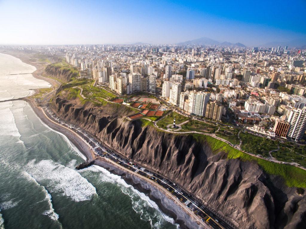 Πρωτεύουσα του Περού και πρωτεύουσα και του περουβιανού ποδοσφαίρου η Λίμα